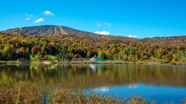 Stratton Mountain Resort - Fall Lakeview